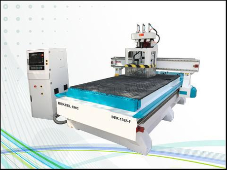 chinese cheap woodworking engraving router.jpg