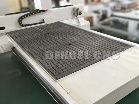 1325 vacuum table woodworking cnc router.jpg