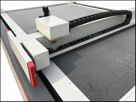 oscillating knife cutting machine for paperboard.jpg